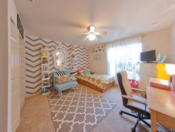 Luxury Dorms Vs Traditional University Of Florida Dorms Compare University Of Florida Dorms