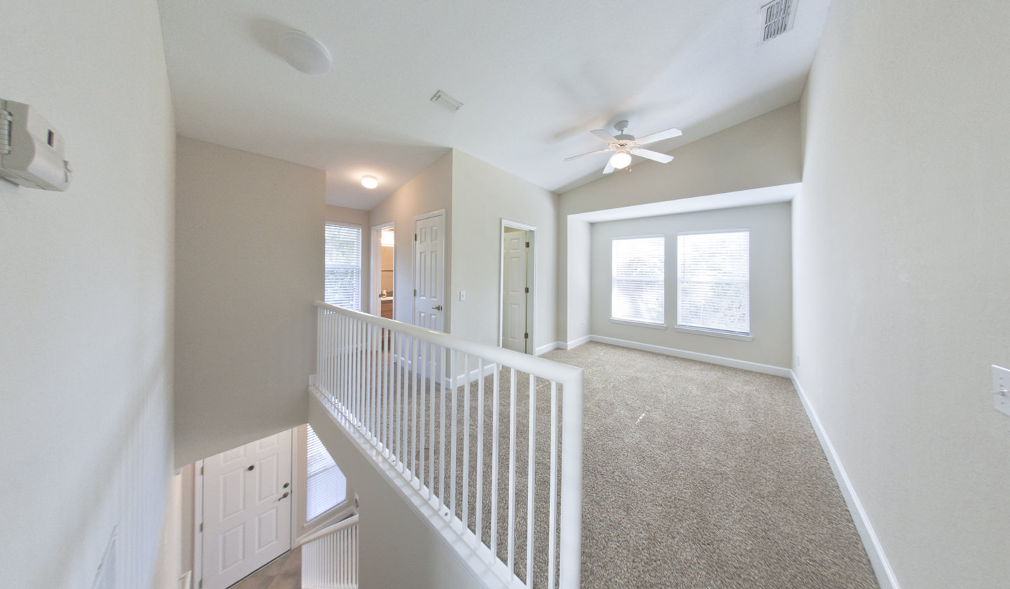 Heritage Oaks Luxury Townhouse For Rent In Gainesville Florida